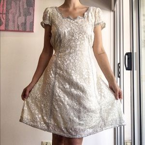 80s embossed white dress size 6-10